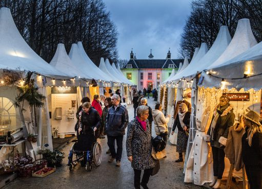 Op Velsens landgoed Beeckestijn is het al helemaal kerstmis met Castle Christmas Fair